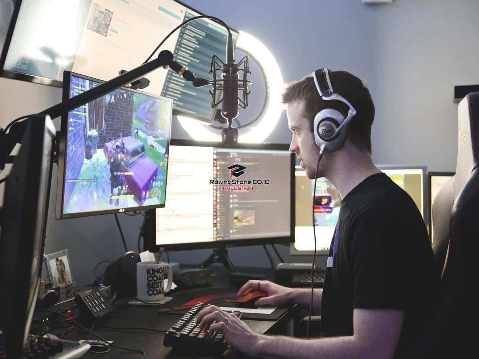 Bermain-Game-Sambil-Live-Streaming